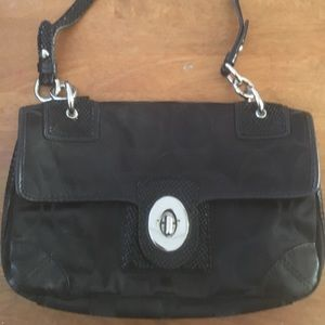 Coach Peyton Signature Shoulder Purse